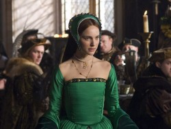 """How You Can Tell """"The Other Boleyn Girl"""" is Going to Suck: A Field Guide"""