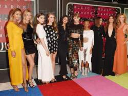 Red Carpet Rundown: The 2015 VMAs