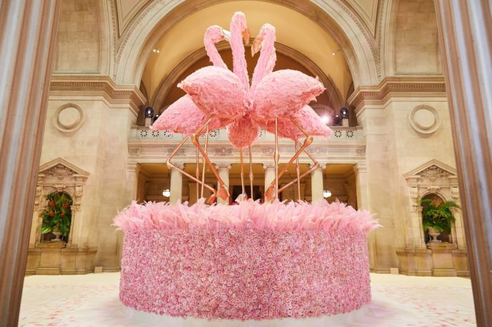 00-story-image-met-gala-2019-decor-centerpiece-grand-entry-hall
